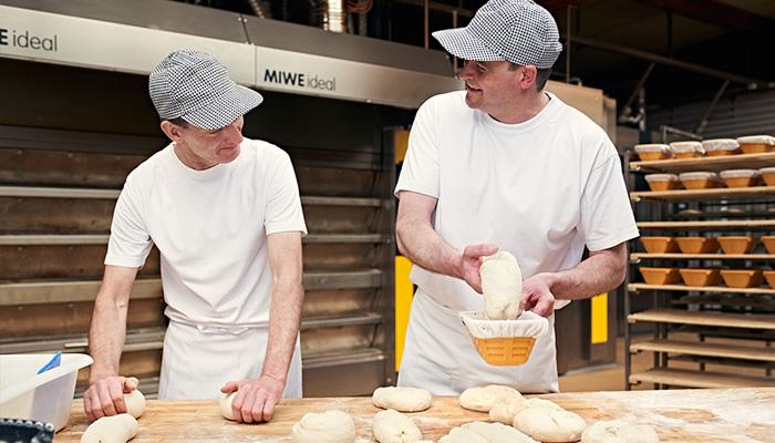 Bäckerei Ickert: Jobs in der Backstube